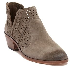 Vince Camuto Prasata Suede Ankle Bootie Size 8